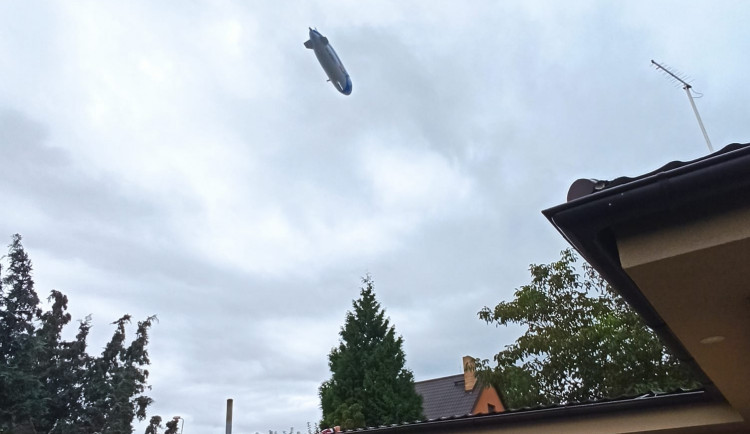 FOTOGALERIE: Zeppelin NT nad Plzní